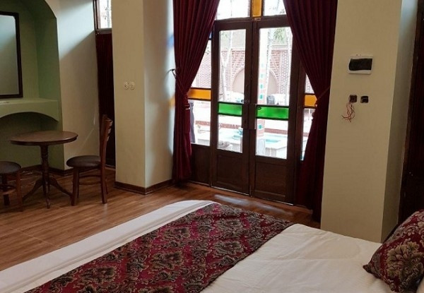 هتل آریو